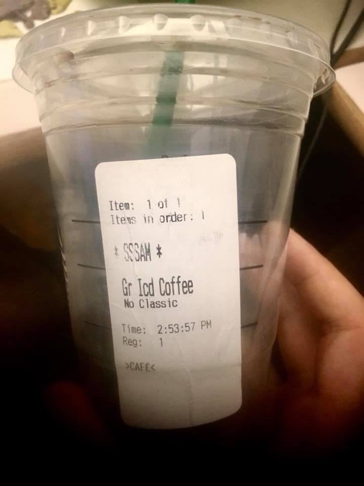 "Beleidigendes ""Okay, S-S-S-Sam"" bei Statrbucks in den USA. (Bild: Tan Lekwijit)"
